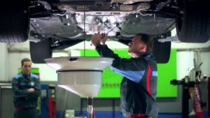 Olajcsere - Gaál Autó Bosch Car Szerviz